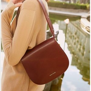 Handbags - Beautiful cross body or shoulder purse